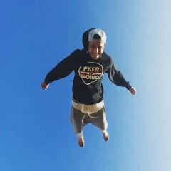 Monaim Mounir flying high